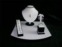 ジュエリーディスプレイスタンドホールダーコンビネーションキットカウンターディスプレイの小道具の展示されたネックレスイヤリングリングブレスレットのディスパライジホルダーのためのショーケースセット