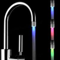 Badkamer Wastafel Kranen 3 Kleuren Auto Wisselen LED Water Kraan Licht Kleurrijke Glow Douchekop Keuken Tap Beluchters