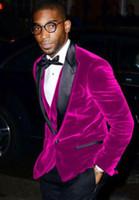 Hot Pink Velvet Groom Smoking Herbst Winter Stil Groomsmen Männer Hochzeitskleid Mann Jacke Blazer 3 Stück Anzug (Jacke + Pants + Weste + Tie) 1098