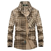 Chemises occasionnelles pour hommes Vinrumika 2021 Européens Hommes Automne Marque 100% coton Vert Chemise Plaid Chemise Homme Spring Kaki Grid Manches longue