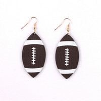 Bijoux à la mode Football américain Sport Léger Marron Simili Cuir Dangle Ball Boucles d'oreilles Football Boucles d'oreilles en cuir souple