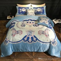 Blue Green Peacock Tail Natural Mulberry Silk Comforter