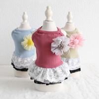 ドッグアパレルかわいい花のペット猫パーティーの党の党ドレスの夏の子犬パーカーシャツベスト衣装ガール服のための衣装