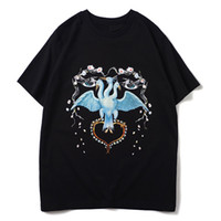 2020 Mens Stylist T Shirt Man alta qualidade de manga curta Homens Mulheres Casal Pássaro Imprimir Moda soltas Casual Tee