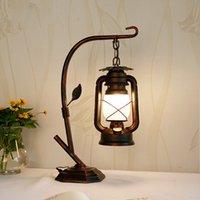 American Country Retro lampada da tavolo in ferro battuto Desk Lamp creativa Camera Kerosene Lamp Antico Nostalgic Caffè Studio Comodino Lampade