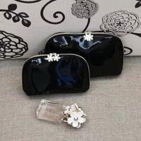 Sac célèbre mode transport femme sac de cuir 3pcs / set black brevet cosmétique conception de stockage cosmétique C dames luxe shell articles cadeau VIP KGWVT