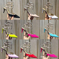 Rivet Mode femme sandales en cuir Designer Banquet de chaussures à talons hauts Chaussures de soirée sexy sur la plage {Chaussures à talons compensées} us10 41 42