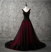 Vintage vestidos de novia góticos rojos y negros 2019 con cuello en V apliques de cordones con cuentas sin mangas A-Line Tulle Vintage Vintage No White Blancos
