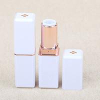 Rouge à lèvres bricolage en plastique Bouteille vide Noir Blanc Huile Crème Lèvres 12.1mm Tube haute qualité