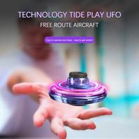 UFO Fidget Spinner Brinquedo Crianças Portátil Voando 360 ° Girando Shinning LED Luzes Release Xmas Brinquedo Voador Presente Gota