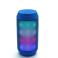 2019 Portable Mini LED Lights HD Surround Sound Haut-parleur Bluetooth Appel mains libres Haut-parleur sans fil