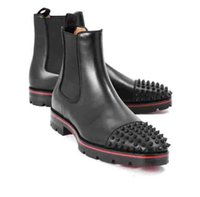 Moda Top Luxury Men Boots Red Bottom Design Hombre Botines Tacones bajos Cuero genuino de gamuza con remaches Melon Spikes Flat Short Knight Bo