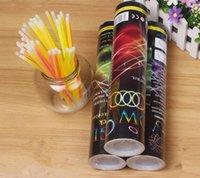 Palillos del resplandor 100pcs Bulk colorido barra luminosa de Glow Collares y pulseras Glow Party Supplies Paquete