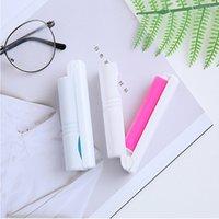 3 Cores Mini Dobrável Lavável Dispositivo de Cabelo Pegajoso Vestuário Portátil Pet Device De Remoção Do Cabelo Cama Escova