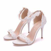 جميلة الصنادل الدانتيل الأبيض مع الأشرطة الكاحل 10 سنتيمتر خنجر كعب الصيف اللباس أحذية بيضاء الرباط الزفاف العروس الأحذية وصيفة الشرف