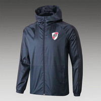 Veste populaire de football Printemps Automne coupe-vent Hommes Hoodied sport FC Training Team Veste à capuche Zipper Vêtements en gros