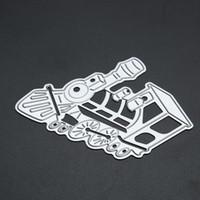 1 pz Forma del treno Taglio Muore Mestiere in metallo Taglio Goffratura Die Arte decorativa Carta Taglio Stencil Argento per pareti