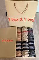 Con sacchetto di carta della scatola quadrata 2019 Luxury Designer Sciarpe scialli di modo delle donne di inverno 100% cashmere sciarpa classica a quadri Sciarpe Donne Uomini