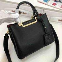 2021 Novas bolsas de luxo de alta qualidade famosas Marcas Bolsa Semicírculo Mulheres Sacos de Couro Genuíno Anel de Ferro de Couro Sacos 66152