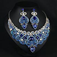Cristalli blu royal di alta qualità cristalli accessori sposa sposa set (orecchino + collana) foglie di cristallo design con perle finte LDR963