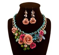 6 Farben Frauen Bunte Blume Strass Anhänger Aussage Halskette Ohrringe Schmuck-Set Modeschmuck Brautkleid Schmuck Sets