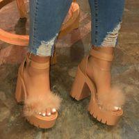 2020 Luxo Fur Sandals Mulheres real furry Ultra High Heel Plataforma Sandálias femininos bonito Shoes Fluffy da casa da mulher