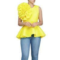 2018 donne moda estate o-collo senza maniche volant che fluttua orlo asimmetrico slim top camicetta J190618