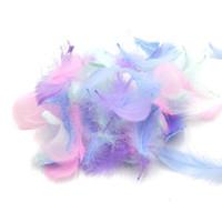 100 шт. / пакет перья оптом 100 шт. маленький Лебединый шлейф пушистый красочный натуральный гусиный шлейф для ремесел платье обрезка ювелирных изделий