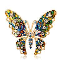 Donne delicata farfalla colorata spille cristallo strass pin spilla smalto insetto spille gioielli regali per le donne uomini spilla da sposa