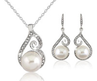 Newest Women Crystal Pearl Designer Necklaces Earrings Jewel...