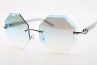 Buona qualità 2020 4.189.706 senza montatura bianca Arms occhiali unisex Bianco Plank Occhiali con scatola dello specchio intagliata Lens occhiali da sole classici di nuovo modo di