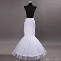 En stock Un cerceau des jupons flouts crinoline de mariée pour les robes de bal de mariage de sirène accessoires