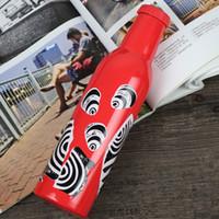 Creativa y negro Negro Patrón cuatro colores de acero inoxidable Cola botella de 500 ml de doble pared de aislamiento por vacío Viajar Deportes Recipientes Wate