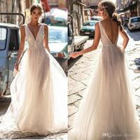 Berta 2018 Vestidos de novia de encaje Sin espalda Escote en V Ilusión Blusa Longitud del piso Vestidos de novia con espalda abierta sexy