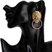 Yapay elmas Aslan Kafa Küpe Kadınlar Hayvan Lion Baş Bildirimi Küpe Altın Gümüş Moda Takı Aksesuarları Bling Bling