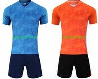 Principais atacado 2019 novos personalizado Desempenho Malha Roupas Masculinas fã de esportes personalizado Futebol Jersey conjuntos com homens vestuário Shorts Futebol
