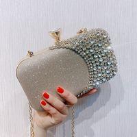 Vente chaude strass Flap nuptiale Sacs à main Embrayages solides pour les bijoux de mariage Trois couleurs de bal de soirée de cristaux Sac à bandoulière