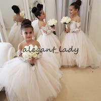 2020 Lovely Lace Applique Flower Girls Dresses Illusion Long Sleeve Sheer Neck Little Princess Kid Birthday Wedding Party Dress