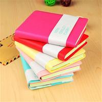 Mini caderno de couro de sorriso colorido bonito 8 * .10 cm 180 folhas de bolso do estudante Bloco de notas de moda Diário para o livro de negócios