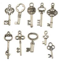 encantos de la joyería antigua mezclas llaves de plata de época metal nuevo bricolaje accesorios de la joyería para la joyería de las pulseras collares haciendo 200pcs