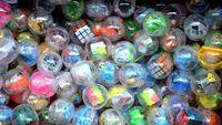 Pasqua uova di plastica trasparente twisted auto cubo giocattolo dinosauro giocattolo Mixed palla gioco della macchina di articoli da regalo
