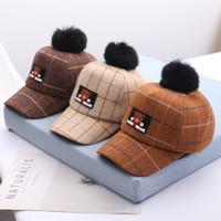Nuovi bambini di stile berretti da baseball autunno inverno di lana cappelli del bambino lingua d'anatra bambini Orso sfera tappi per ragazzi e ragazze 0056HT