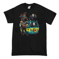 Men' s Halloween T- Shirt Massacre Mystery Machine Scooby...