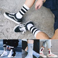 1 Paar NEUE Art und Weise Men Cotton Soft Striped Printed Hip-Hop-Skateboard-Socken Mens-beiläufige Socken