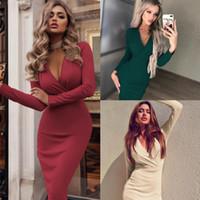 Новых платья женщины желания стиль взрыва глубокого V плиссированный пакет бедро осенью и зимой с длинными рукавами дна юбки пятна