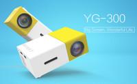 Proiettore portatile YG300 YG 300 LED 400-600LM 3.5mm Audio 320 x 240 pixel YG-300 USB Mini proiettori Home Media Player 10pcs