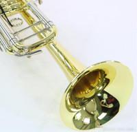 Modelo 18037 Bb trompete Bach Professional em Gold Lacquer Mint Condition gravado com Caixa azul Original