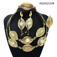Yulaili 2020 nuevas de la manera joyería fija Dubai oro para la pulsera pendientes del collar del diseño de las mujeres de la hoja Anillo Bijoux envío
