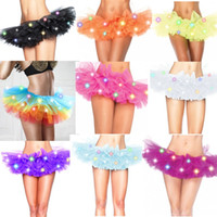 Stage Party Girl colorido Led Lighting Mini saia tutu Mulheres Halloween Natal Festival Escola Show Dance malha Tulle Petticoat