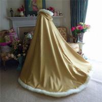 Vintage Winter Bridal Shad Wrapswinter White Capa de boda Cape con capucha con adornos de piel larga chaqueta nupcial fiesta de noche envolturas nupciales